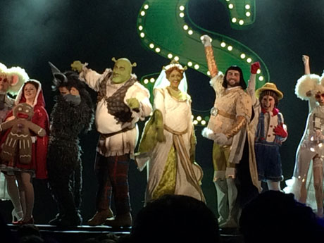 blog-SHREK-Musical-premiere-06