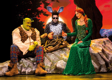 blog-SHREK-Musical-premiere