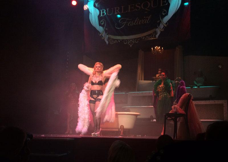 blog-burlesque-festival-2015-08