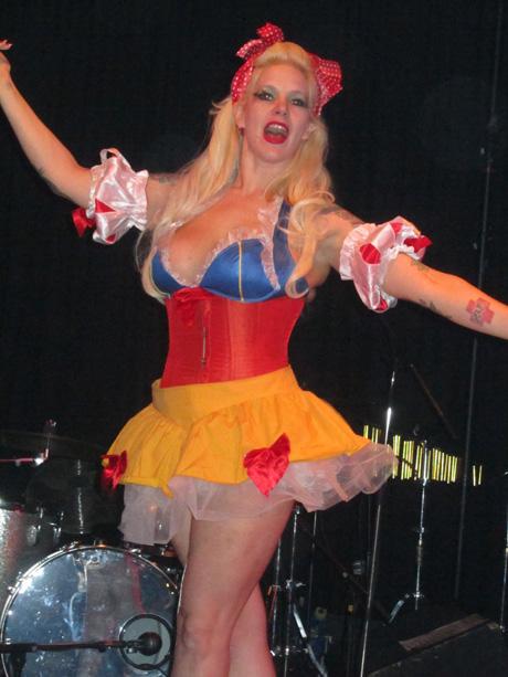 blog-festsaal-kreuzberg-burlesque-09