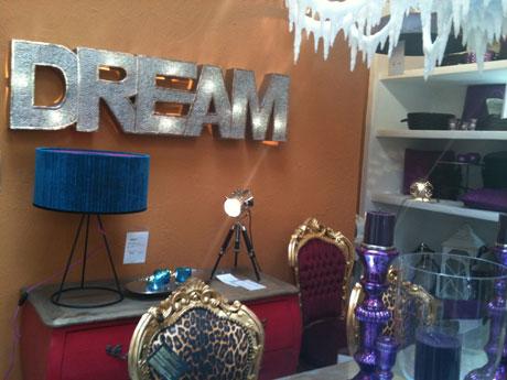 die besonderen perlen der hansestadt das daruma und die w scherei. Black Bedroom Furniture Sets. Home Design Ideas