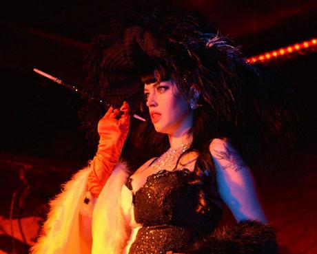 burlesque-freaks04