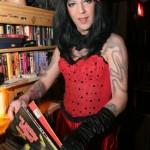 blog_superzandy_queerlesque03